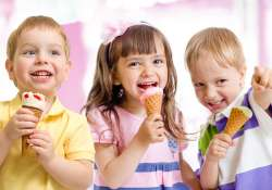Kezdődik a 11 hetes nyári iskolai szünidő: a gyerekek örülnek, a szülőknek viszont sok fejtörést okoz, hogy milyen programokkal töltsék ki a tanévkezdésig hátralévő időszakot. Az alábbiakban gyermekanimátor segít okosan megtervezni a vakációt.